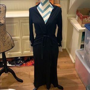 NWOT Natori Black and Lace Robe XS